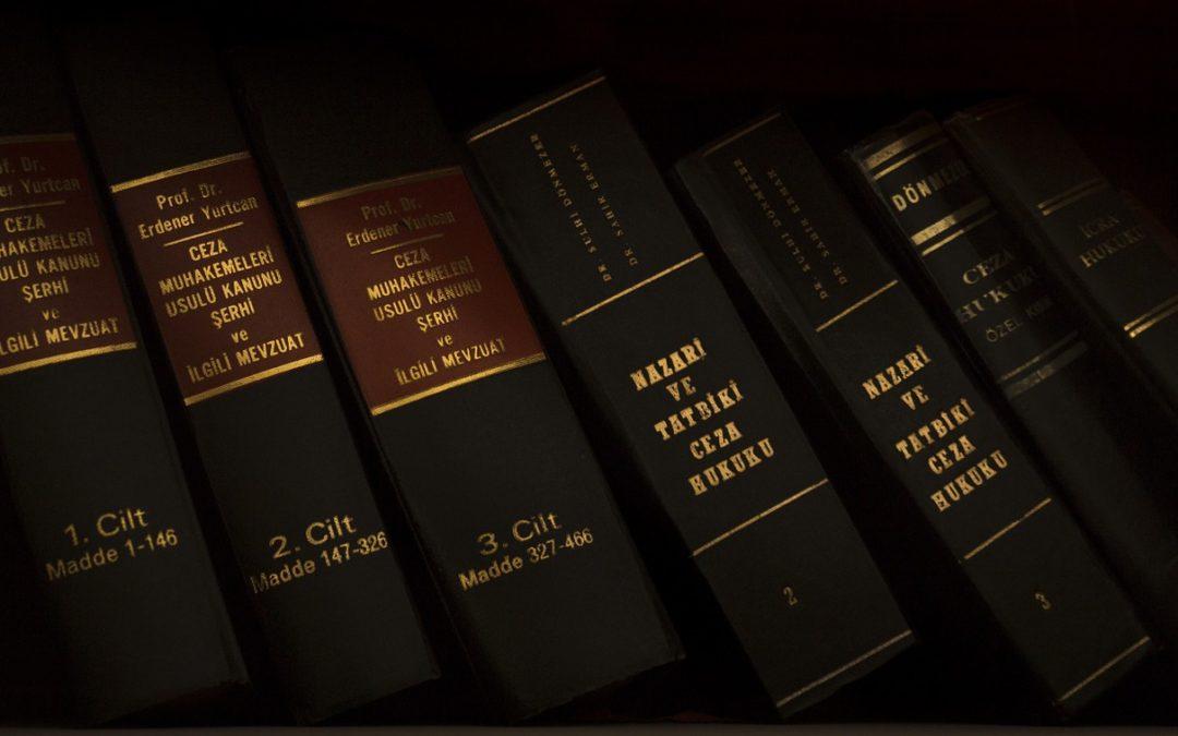 Zawód globalnego uznania – czyli kariera prawnicza